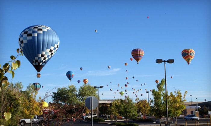 Midwest Balloon Rides - Downtown Fishers: $179 for a One-Hour Hot Air Balloon Ride from Midwest Balloon Rides ($299 Value)