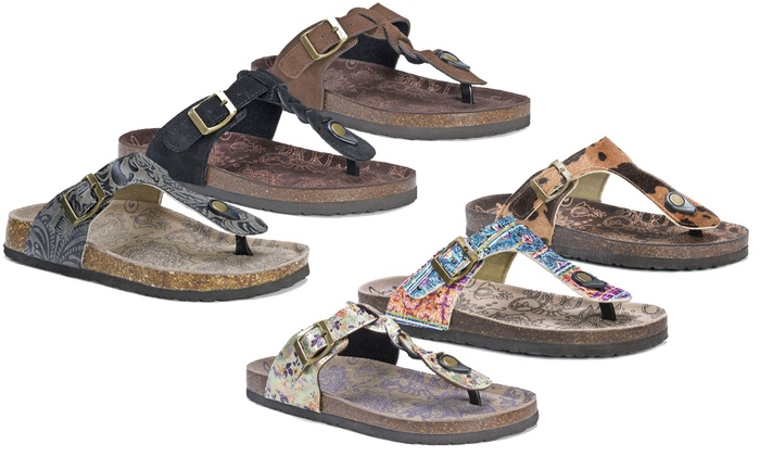 fb51cf6a6bfe Up To 36% Off on MUK LUKS Women s Thong Sandals