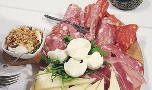 Il Tettuccio: Menu tipico del territorio con vino per 2 o 4 persone al ristorante Il Tettuccio di Frascati (sconto fino a 48%)