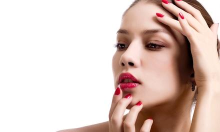 Microdermoabrasión facial, manicura y pedicura por 19,90 €, con masaje por 29,90 € y con envoltura por 34,90 €