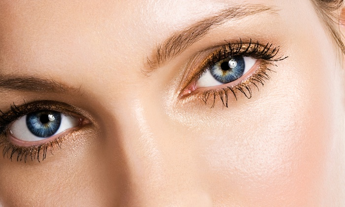 Tres Belle Vous - Gateway: One or Three Eyelash or Eyebrow Tints or Five Brow Waxes at Trés Belle Vous at Sunflower Salon (Up to 56% Off)