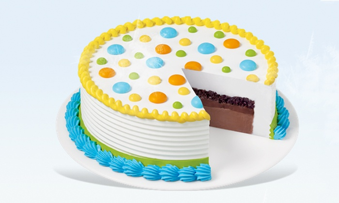 Dairy Queen - Middletown: $14.99 for an 8-Inch Ice-Cream Cake at Dairy Queen  ($24.99 Value)