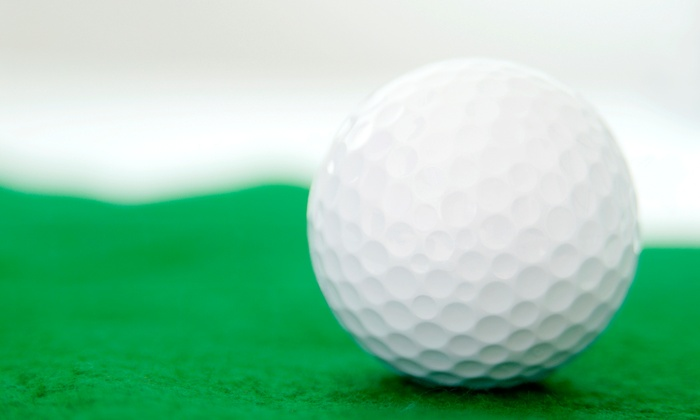 Gold Coast Golf Center - Woodbury: 3, 5, or 10 Large Buckets of Range Balls at Gold Coast Golf Center (Up to 51% Off)
