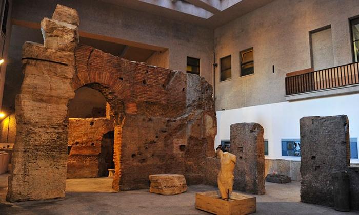 """SOTTERRANEI DI ROMA: Visita guidata """"Angeli e Demoni"""" e ai sotterranei di Piazza Navona con Sotterranei di Roma (sconto 68%)"""