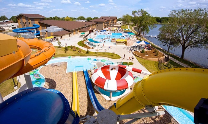 King's Pointe Waterpark Resort - Storm Lake, IA: Stay with Water-Park Passes at King's Pointe Waterpark Resort in Storm Lake, IA