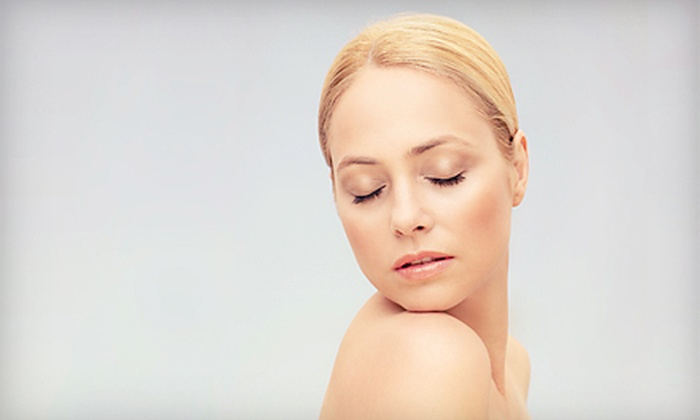 LuxeBeautiQue Beauty Bar, Cosmetics & Spa - Swampscott: $50 for a Luzern Pure Organic Custom Facial at LuxeBeautiQue Beauty Bar, Cosmetics & Spa ($115 Value)