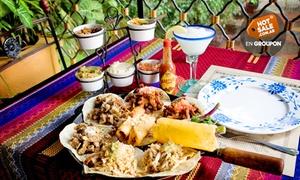 El Salto De Las Ranas: Desde $235 por tapeo mexicano para dos + papas + bebidas en El Salto de Las Ranas