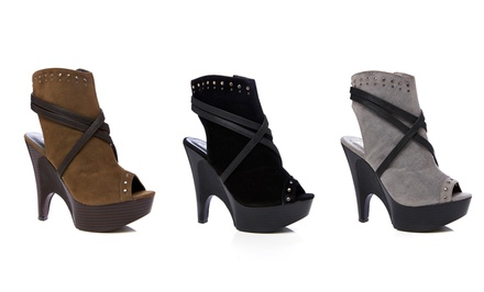 Gomax Guista Bootie | Brought to You by ideel