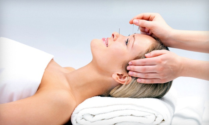 Pinnacle Health - Fernwood: One or Three One-Hour Acupuncture Treatments at Pinnacle Health (Up to 80% Off)