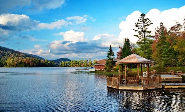 The Big Moose Inn - Eagle Bay, NY: Stay at The Big Moose Inn in Eagle Bay, NY, with Dates into October