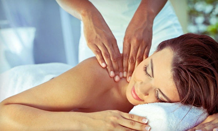iMedCenter - Fairfield: $45 for a 60-Minute Custom Massage at iMedCenter ($90 Value)