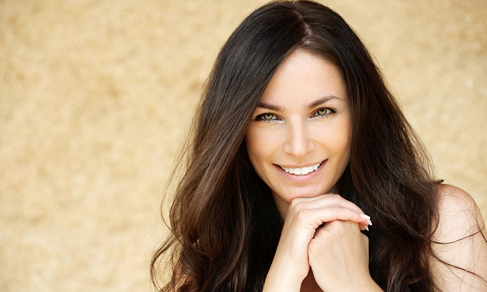 Roberto Gigli at French Twist Salon - Greenway - Upper Kirby: $130 for a Keratin Complex or Brazilian Blowout Treatment from Roberto Gigli at French Twist Salon ($350 Value)