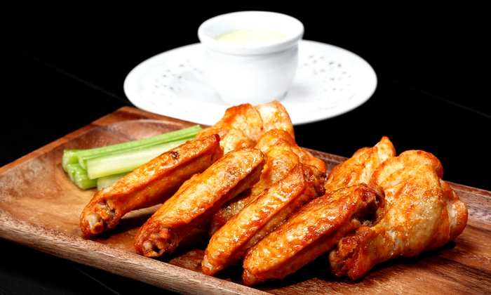 The hub sports bar & grill - Addison: $12 for $20 Worth of Dine-In Pub Food for Dine-In at The Hub Sports Bar and Grill