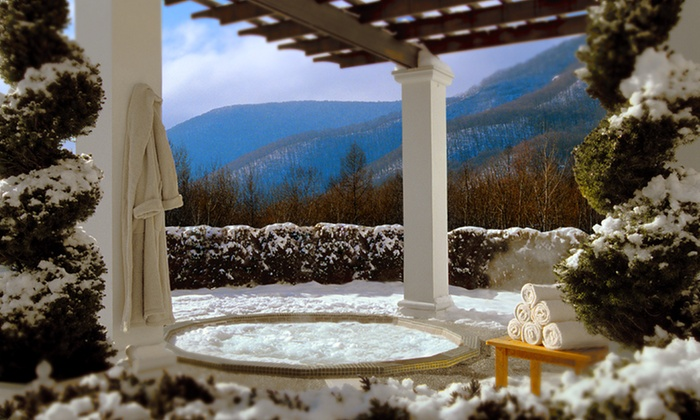 The Inns at Equinox - Manchester, VT: Stay at The Inns at Equinox in Manchester, VT. Dates into March.