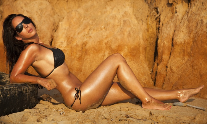 Vtanning - Mansfield: Four Airbrush Tanning Sessions at Vtanning (45% Off)