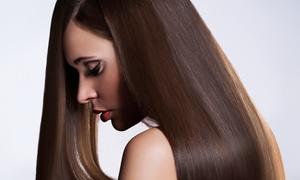 Noelia Burgos Salón de Belleza: Sesión de peluquería con corte por 14,95 € y con tratamiento queratina por 49,95 €