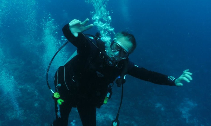 Ski Scuba Center - Knoxville: Introductory Scuba-Diving Class or SSI Open Water Diver Class with Certification at Ski Scuba Center (Up to 52% Off)