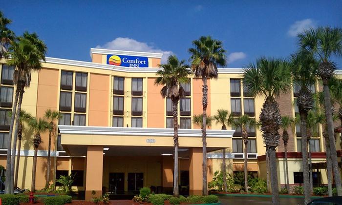 Comfort Inn Maingate - Citrus Ridge: Two- or Three-Night Stay at Comfort Inn Maingate in Greater Orlando