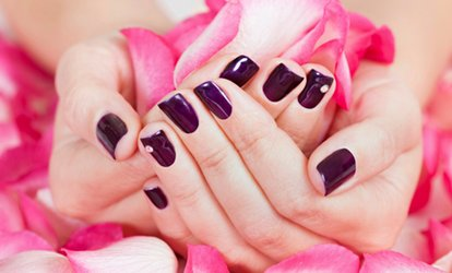image for Gel Polish on Hands and Feet (£15) Plus Eyebrow Tint and Spray Tan (£24) at Inches Beauty Salon (Up to 75% Off)
