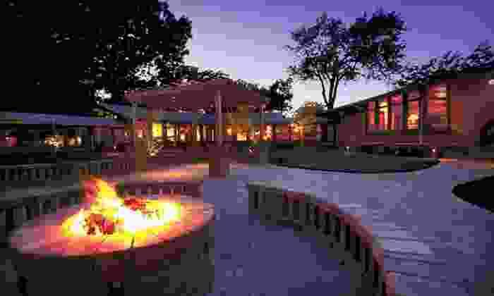 null - Chicago: Stay at Lake Lawn Resort in Delavan, WI
