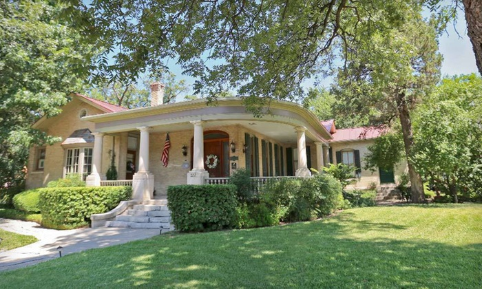 A Beckmann Inn and Carriage House - Arsenal: Two- or Three-Night Stay at A Beckmann Inn and Carriage House in San Antonio