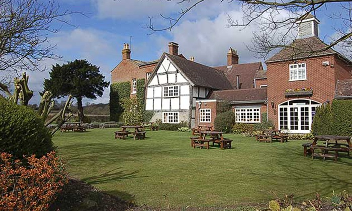 Kings Court Hotel - Alcester: Warwickshire: 1 or 2 Nights For Two With Breakfast, Dinner and Chocolates from £99 at the Kings Court Hotel