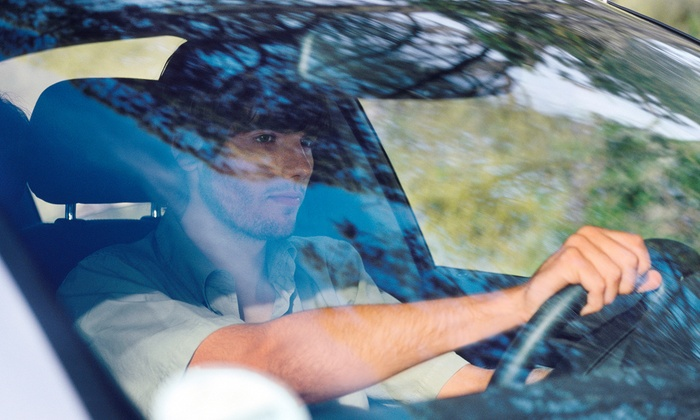 Mr. Windshield - Sterling Heights: $19 for One Windshield-Chip Repair at Mr. Windshield ($75 Value)