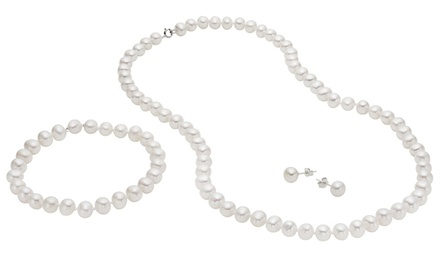 Genuine Freshwater Pearl Earring, Necklace, and Bracelet Set