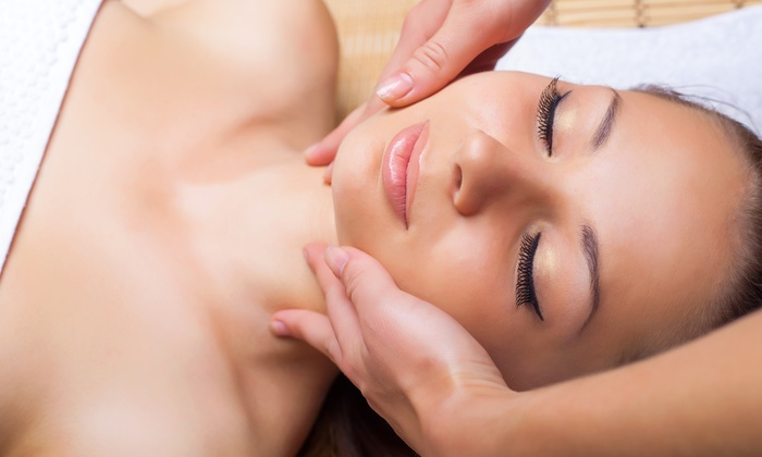 Paradise Palms Chiropractic and Spa - Lutz: One or Three Express Facials or Three Facial Peels at Paradise Palms Chiropractic & Spa (Up to 66% Off)
