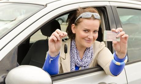 Curso para obtener el permiso de conducir coche con 4,8,10 o 12 prácticas desde 39,90 € en Autoescuela VIP