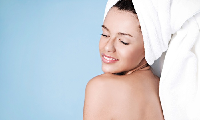 Avanti Skin Center - Near North Side: $49 for a Deep-Cleansing Facial or a Chemical Peel at Avanti Skin Center (Up to $110 Value)