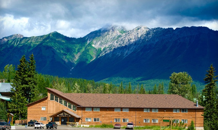 Wolfs Den Lodge at Fernie Alpine Resort - Fernie: One- or Two-Night Stay with Chairlift and Zipline Passes at Wolf's Den Lodge at Fernie Alpine Resort (Up to Half Off)