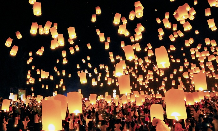 SkyLantern.com: $39.99 for 20 Premium White Chinese Sky Lanterns from SkyLantern.com ($100 Value)