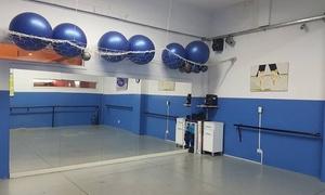RT Studio: 4, 8 o 12 clases de baile a elección en RT Studio