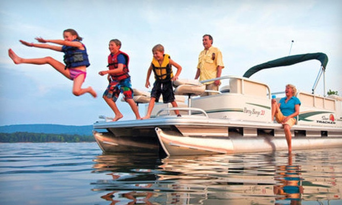 Paradise Rental Boats - Lake Monroe - Clear Creek: Four-Hour Party Barge, Waverunner, or Runabout Rental at Paradise Rental Boats in Bloomington (Half Off)