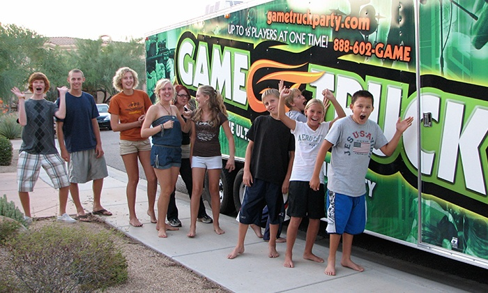 GameTruck - Fort Lauderdale: Credit Toward a Mobile Video-Game Party from GameTruck Fort Lauderdale (50% Off). Two Options Available.