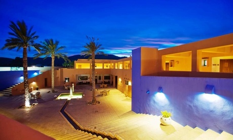 Almería: habitación para 2 con desayuno, detalle, Spa y opción a media pensión en Hotel de Naturaleza Rodalquilar 4*