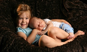 Yuen Lui Studio: $49 for a Studio or Outdoor Photo Shoot for Up to Eight with Prints and Digital Image at Yuen Lui Studio ($485 Value)