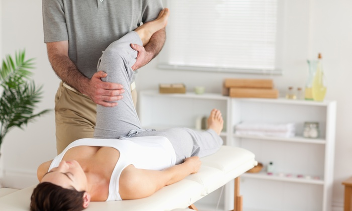 Santé Chiropractic and Wellness Centre - Orleans: Acupuncture, Chiropractic Exam and Adjustment, or Both at Santé Chiropractic and Wellness Centre (Up to 87% Off)