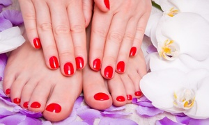 DEAR LADIES: 3 o 5 manicure e pedicure con smalto semipermanente Crystal nail e Kylua (sconto fino a 85%)