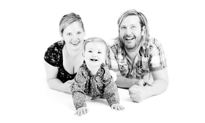 Photography New Forest: Photography New Forest: One-Hour Family Shoot With Four Prints for £13 (94% Off)