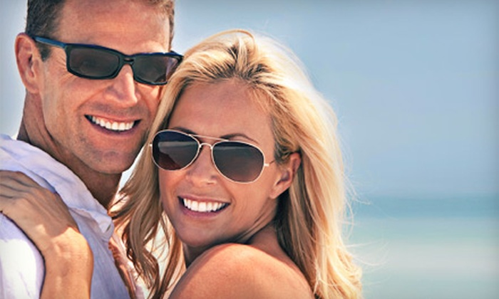 Mobile Whites - Downtown Savannah: $49 for an In-Office Teeth-Whitening Treatment at Mobile Whites ($329 Value)
