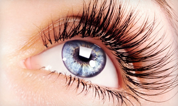 Christine Reed Lash Salon - Downtown Los Angeles: $40 for an Eyelash Package with Corner-Lash Extensions and Bottom-Lash Coating at Christine Reed Lash Salon ($110 Value)
