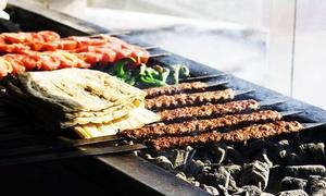 Beyoğlu Kebap House: Selbst Grillen am Tischgrill mit verschiedenen Fleischsorten und Vorspeisen für 2 od. 4 Personen im Beyoğlu Kebap House