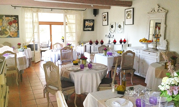 restaurant la table d 39 yvan mas des carassins saint. Black Bedroom Furniture Sets. Home Design Ideas