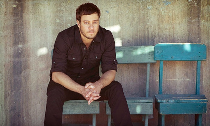 Amos Lee - Peekskill: Amos Lee Concert for Two at Paramount Center for the Arts on Saturday, September 29, at 8 p.m. (Up to Half Off)