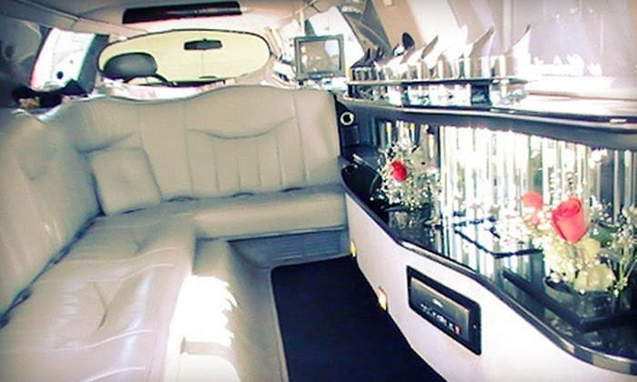 Luxury Limousine Tours - Amarillo: $95 for a Two-Hour Holiday Lights Tour from Luxury Limousine Tours Unlimited (Up to $220 Value)