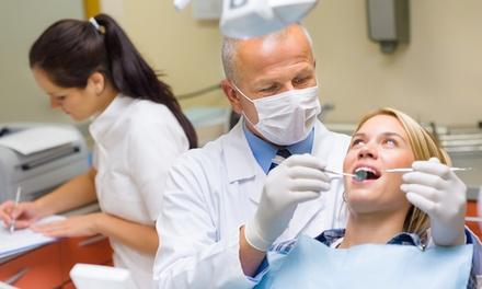 Visita odontoiatrica con pulizia denti o in più otturazione e sbiancamento LED