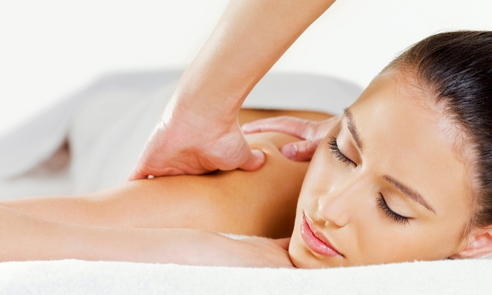 Farmingdale Wellness Center - Farmingdale: $39 for a 60-Minute Massage with Therapeutic Package at Farmingdale Wellness Center ($155 Value)