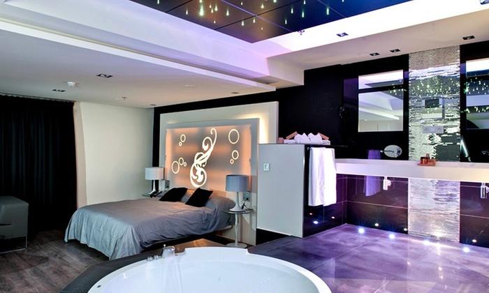 Kadrit hotel en cadrete zaragoza groupon getaways for Hoteles con habitaciones familiares en espana